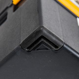 Toolbox Compact 16