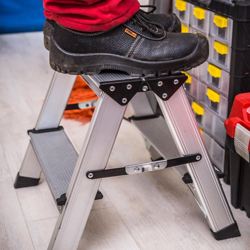 Double sided aluminium platform 2 steps